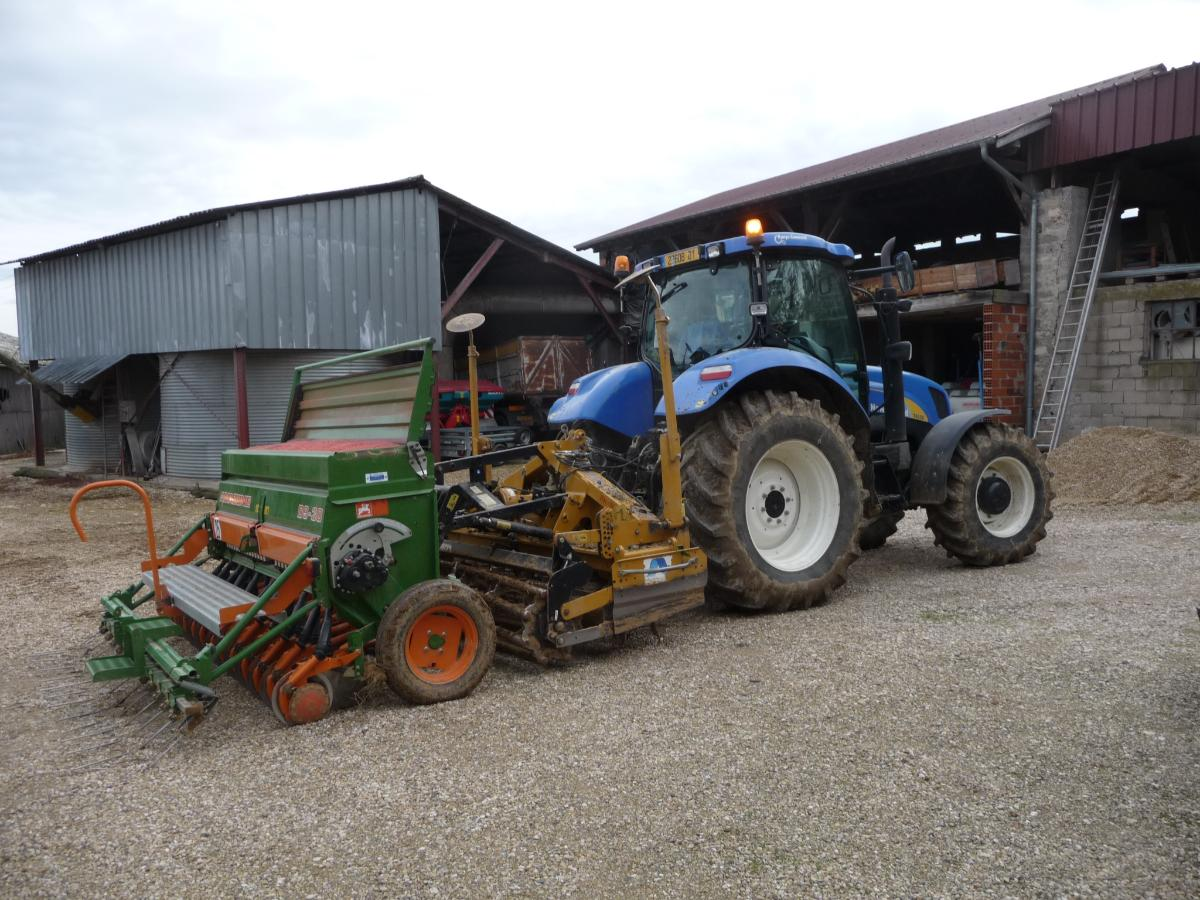 logistique agricole à Guéreins | Techni Agri Cartillier